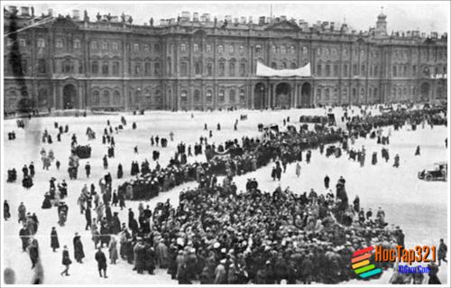 Lịch Sử 8 -Bài 15- CÁCH MẠNG THÁNG 10 NGA NĂM 1917 VÀ CUỘC ĐẤU TRANH BẢO VỆ CÁCH MẠNG (1927-1921)