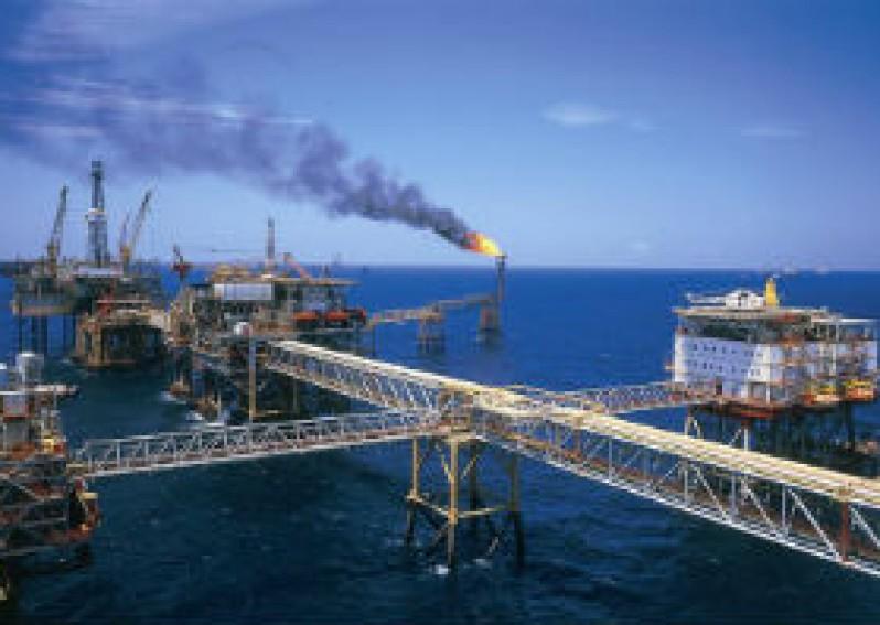 Thực hành đánh giá tiềm năng kinh tế của các đảo ven bờ và tìm hiểu về ngành công nghiệp dầu khí
